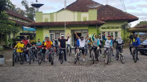 "Perkuat Character Building dan Teamwork Era New Normal, Disperpa Gowes ""Bike To Wanurejo"""